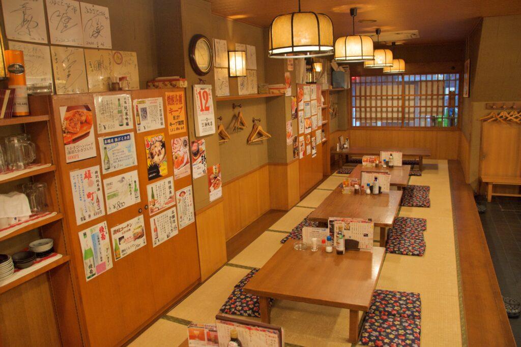 讃岐食酒工房ふるさと:店内